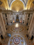 Der Innenraum Engracia-Kirche jetzt nationalen Pantheons lissabon Lizenzfreie Stockfotos