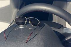 Der Innenraum innerhalb des Autos Stockbild