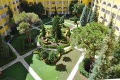 Der innere Hof des Hotels Stockfotos