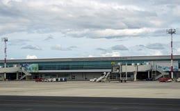 Der internationale Daniel Oduber Quiros LIR Flughafen Aeropuerto in Costa Rica Lizenzfreie Stockbilder