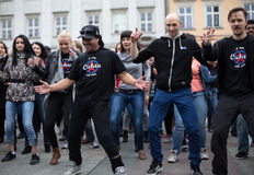Der internationale Flashmob-Tag von Rueda de Casino Stockbilder