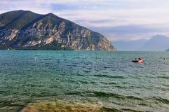 Lago di Iseo morgens Stockfotografie