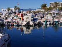 Der Jachthafen mit seinen Booten in Marbella in Spanien Lizenzfreie Stockfotografie