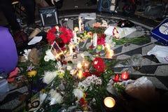 Der 34. Jahrestag von John Lennons Tod bei Strawberry Fields 34 Lizenzfreie Stockbilder