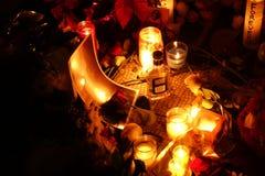 Der 34. Jahrestag von John Lennons Tod bei Strawberry Fields Stockbilder
