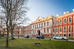 Der Jelgava-Palast in Lettland errichtete durch berühmten Architekten Rastrelli Lizenzfreie Stockfotografie