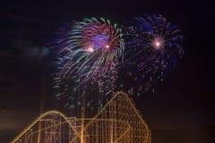 der Juli-Feuerwerke Lizenzfreie Stockfotos