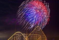 der Juli-Feuerwerke Stockbild
