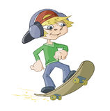 Der Junge auf einem Skateboard Lizenzfreies Stockfoto