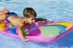 Der junge Schwimmer Stockfotografie