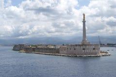 Der Kanal von Messina Stockfotos