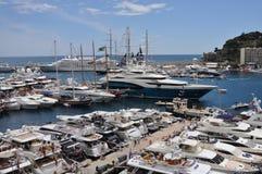 Der Kanal von Monaco während des großartigen Prix 2010 Lizenzfreie Stockfotografie