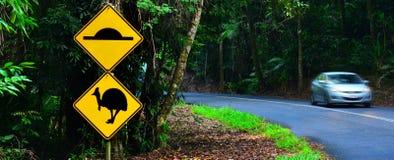 Der Kasuar Warnzeichen herein Queensland Australien Stockfotos