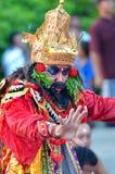 Der Kecak-Feuer-Tanz an Uluwatu-Tempel, Bali, Indonesien Stockfotografie