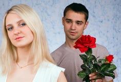 Der Kerl und das Mädchen stockbilder