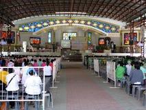 Der Kirchen-Altar im Freien, Nationalheiligtum der göttlichen Gnade in Marilao, Bulacan Lizenzfreie Stockbilder