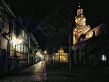 Der Kirchplatz i Rinteln Arkivfoto