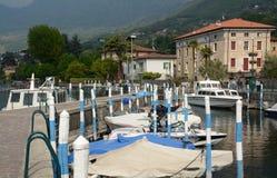 Der kleine Hafen von Sulzano lizenzfreie stockfotografie