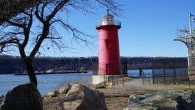 Der kleine rote Leuchtturm 100 Stockfotografie
