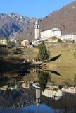 Der kleinste Stadtbezirk von Italien nannte LAGHI mit dem wenig stockfotografie