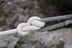 Der Knoten auf dem Seil lizenzfreies stockfoto