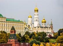 Der Kreml-Kai in Moskau Lizenzfreie Stockfotos