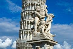 Der lehnende Kontrollturm von Pisa stockfoto