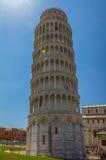 Der lehnende Kontrollturm von Pisa in Italien Lizenzfreies Stockfoto
