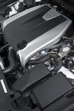 Der leistungsfähige Motor des modernen Autos Stockbild