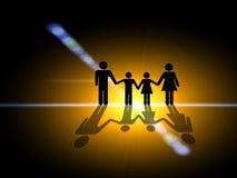In der Leuchte. Familienschattenbild in der Mitte lizenzfreie abbildung