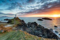 Der Leuchtturm auf Ynys Llanddwyn lizenzfreie stockfotos