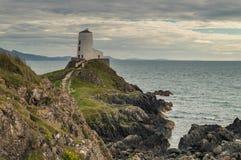 Der Llanddwyn-Inselleuchtturm, Twr Mawr stockfoto