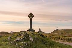 Der Llanddwyn-Inselleuchtturm, Twr Mawr bei Ynys Llanddwyn auf Anglesey, Nord-Wales lizenzfreie stockfotos