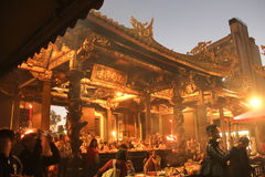 Der Longshan-Tempel in Taipeh, Taiwan 2017 lizenzfreies stockfoto