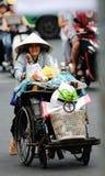 Der Lumpensammler in der Ho- Chi Minh Stadtstraße Lizenzfreie Stockfotografie