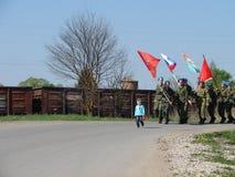 Der März des unsterblichen Regiments in der Kaluga-Region Russland auf 9 kann 2016 Stockfotografie