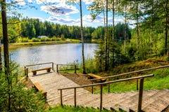 Der malerische See in Russland Lizenzfreie Stockbilder