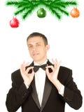 Der Mann des glücklichen neuen Jahres in einem klassischen Smoking Lizenzfreies Stockbild