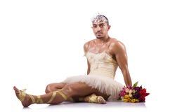 Der Mann im Ballettröckchen, das Balletttanz durchführt Lizenzfreies Stockbild