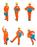 Der Mann im orange Overall lokalisiert auf Weiß Lizenzfreie Stockfotos