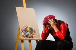 Der Mannkünstler im Kunstkonzept Lizenzfreies Stockfoto