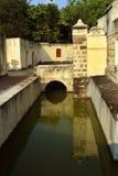 Der Manora-Forteingang mit Graben Stockbilder