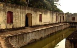Der Manora-Fortgraben mit Hallenfenstern Stockfotos
