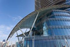 Der Marksteinwolkenkratzer in Abu Dhabi Stockfotos