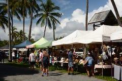 Der Markt Sonntag Morgen Anzac Park Port Douglas queensland australien stockfotos
