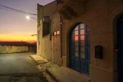 Der meiste schöne Sonnenuntergang im Hinterland Malta Stockfotografie