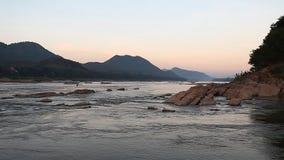 Der Mekong - der große Fluss von Indochina stock video