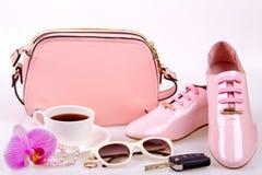 Der minimale Satz der Schönheiten Mode-Accessoires Lizenzfreie Stockbilder