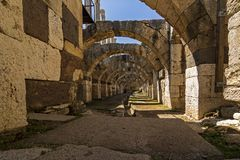 In der Mitte der alten Stadt Smyrna-Agoras, lizenzfreie stockfotos