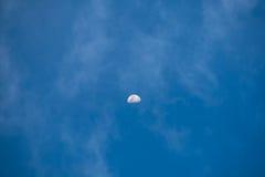 Der Mond und der Himmel Lizenzfreie Stockbilder